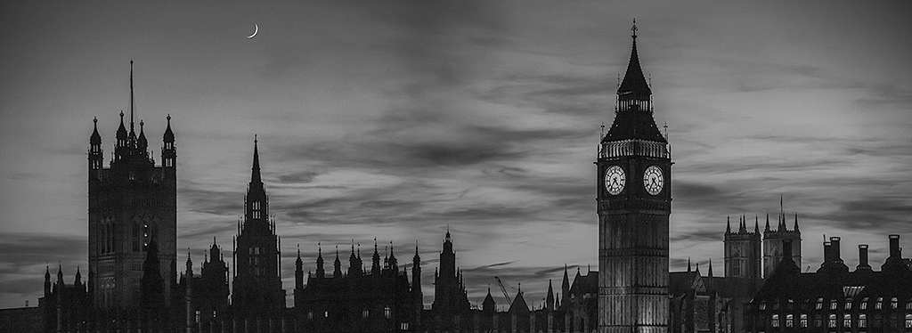 London Big Ben Westminster Palace Parliament Building Panorama night sunset sky in black and white with crescent moon