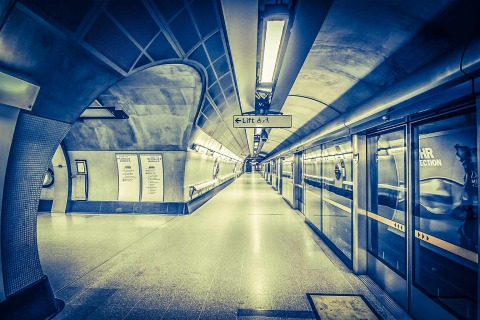 London Tube Underground Futuristic Platform Station Jubilee Line Architecture