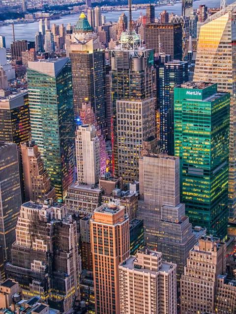 Manhattan New York City Skyscrapers Architecture Buildings Met Life Lights