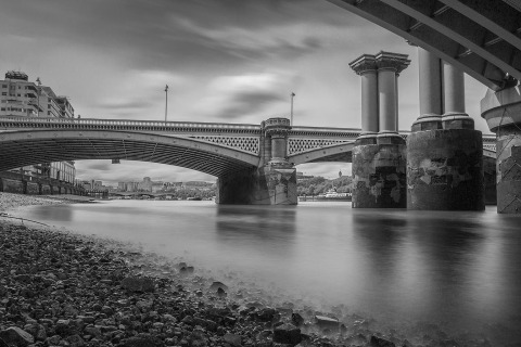 London River Thames under London Bridge Pillars and Rocks