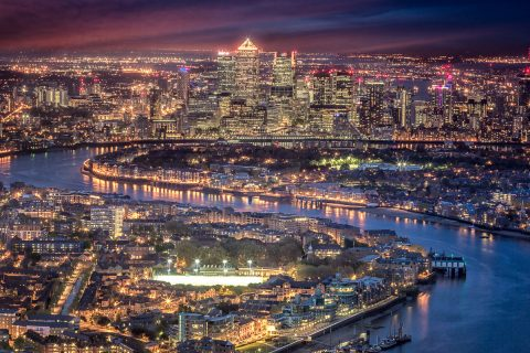 london-docklands-canary-wharf-tower-river-thames-view-from-shard