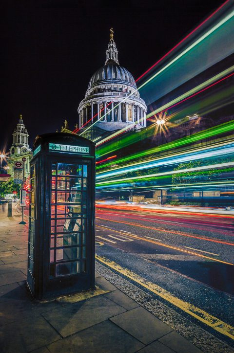 london-st-pauls-cathedral-night-light-trails