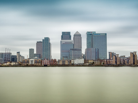 canary-wharf-london-docklands-long-exposure