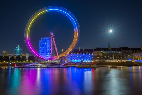 London-Eye-ferris-wheel-night-cityscape-full-moon