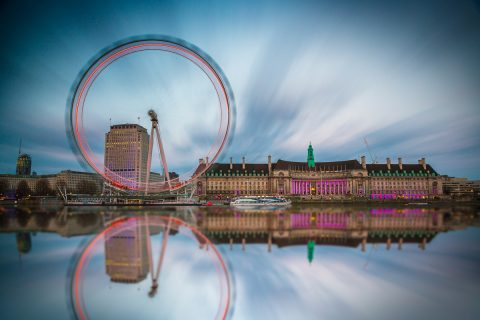 London-Eye-Reflections-light-trails