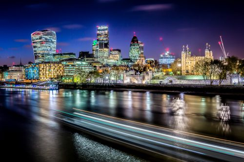 London-skyline-night-light-trails