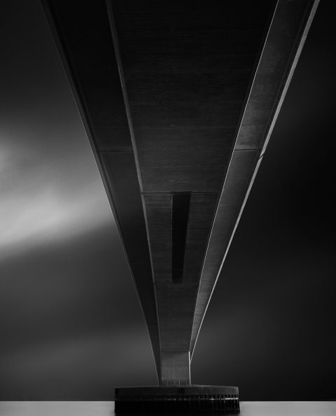 antonyz long exposure architecture black and white UK modern bridge