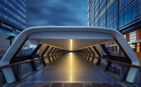 antonyz long exposure architecture london canary wharf cross rail walkway docklands