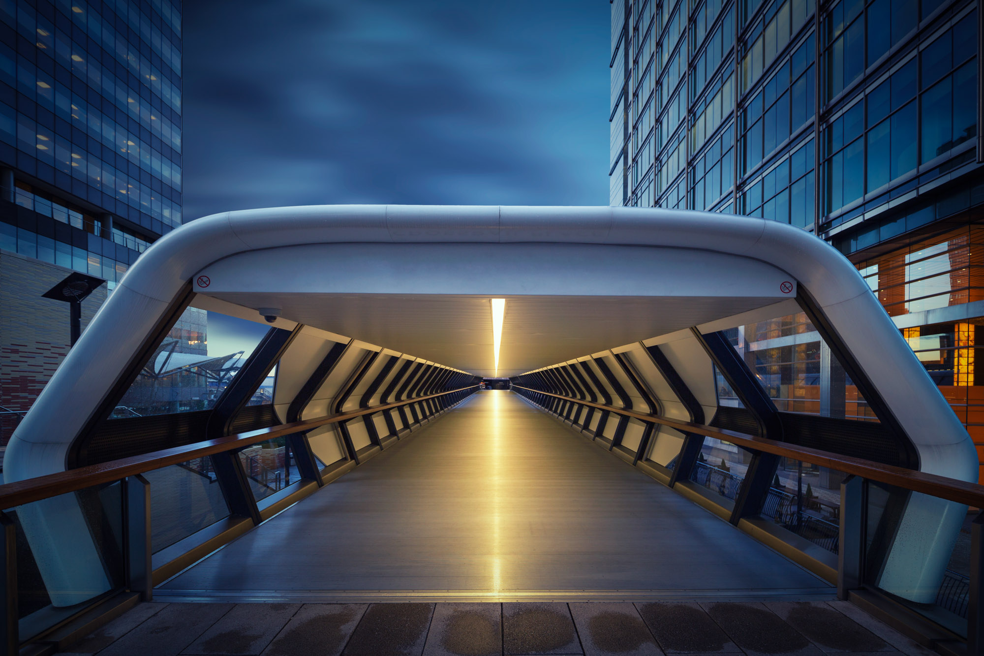 long exposure architecture photograph walkway in Canary Wharf London docklands